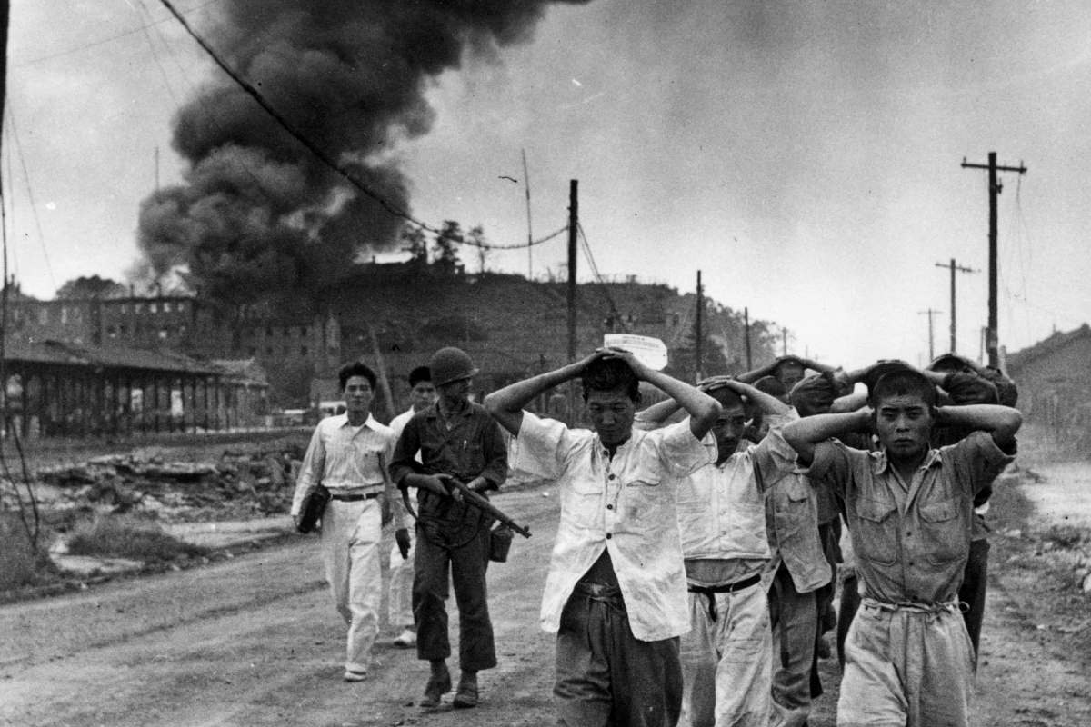 the korean war and us policy Constitutional rights foundation bill of right in action  during the korean war,  the united states succeeded in getting a new un resolution.