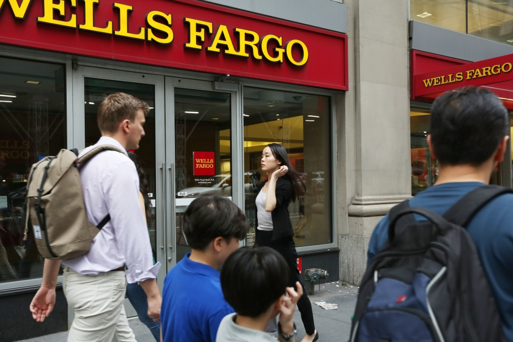 Wells Fargo Reshuffles Board With Scandal-Ridden Insiders