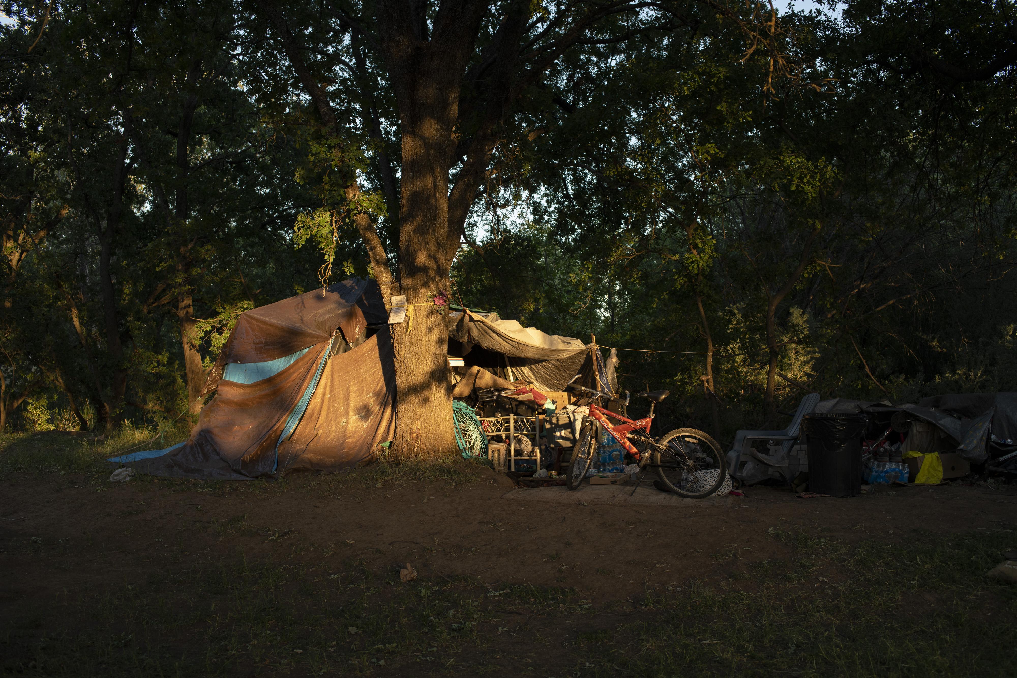 Tona Petersen's tent at Comanche Creek Greenway on May 4, 2021 in Chico, Calif. Salgu Wissmath for The Intercept