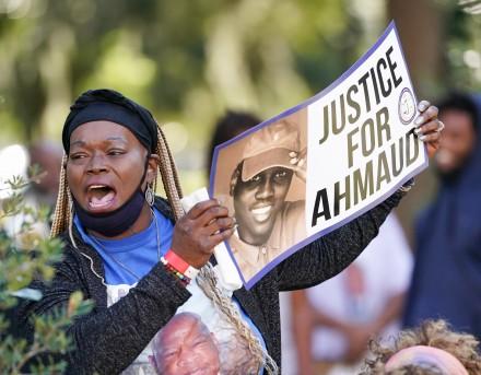 Defense Attorneys in Trial for Ahmaud Arbery's Murder Quiz Jury Pool on Racism